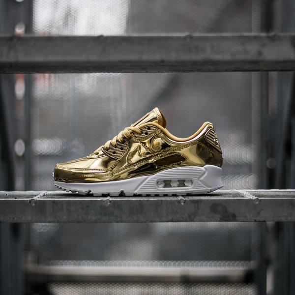 gold air max womens