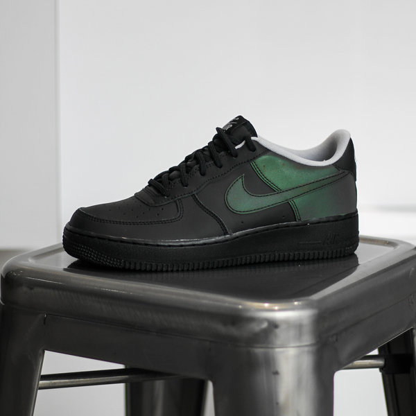 "NIKE AIR FORCE 1 LV8 ""REFLECTIVE BLACK"" (GS)"