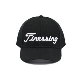 FINESSING - BLACK/WHITE