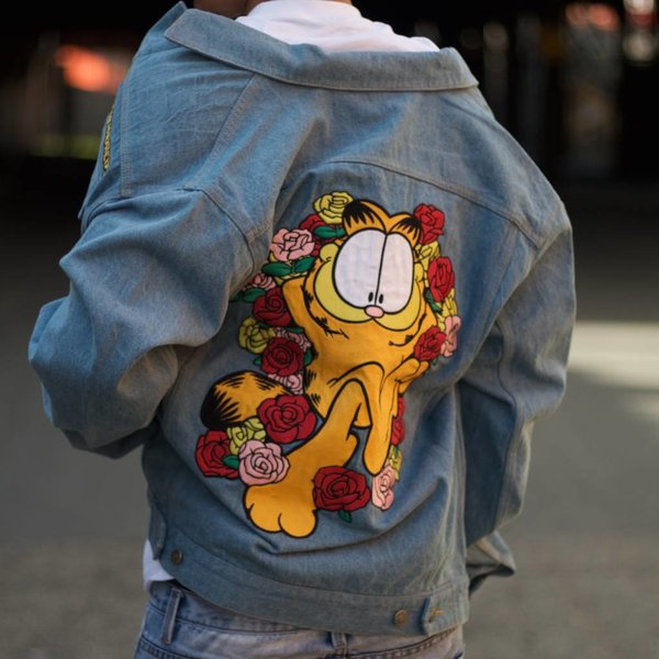 THE HUNDREDS GARFIELD ROSES DENIM JACKET