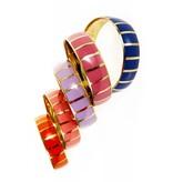 Coco Lee Anna, mehrfarbige Armbänder