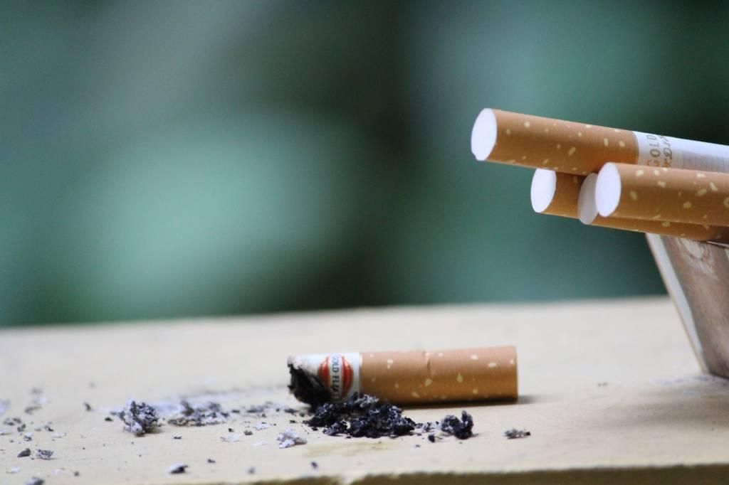 Save Money: Vaping vs. Smoking