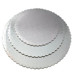 "Silver Scalloped Cake Circles 8"""