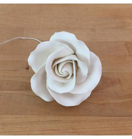MEDIUM CLASSIC GARDEN ROSE SUGAR FLOWER