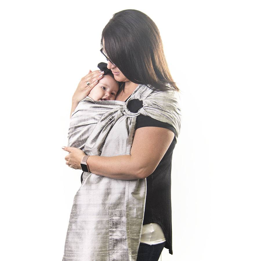 Two Feathers Babywearing Two Feathers Silk Ring Sling