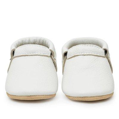 BirdRock Baby Seashell White Fringeless Baby Moccasins
