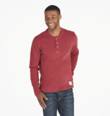 Life is Good Men's Henley Crusher Solid, Cranberry Red