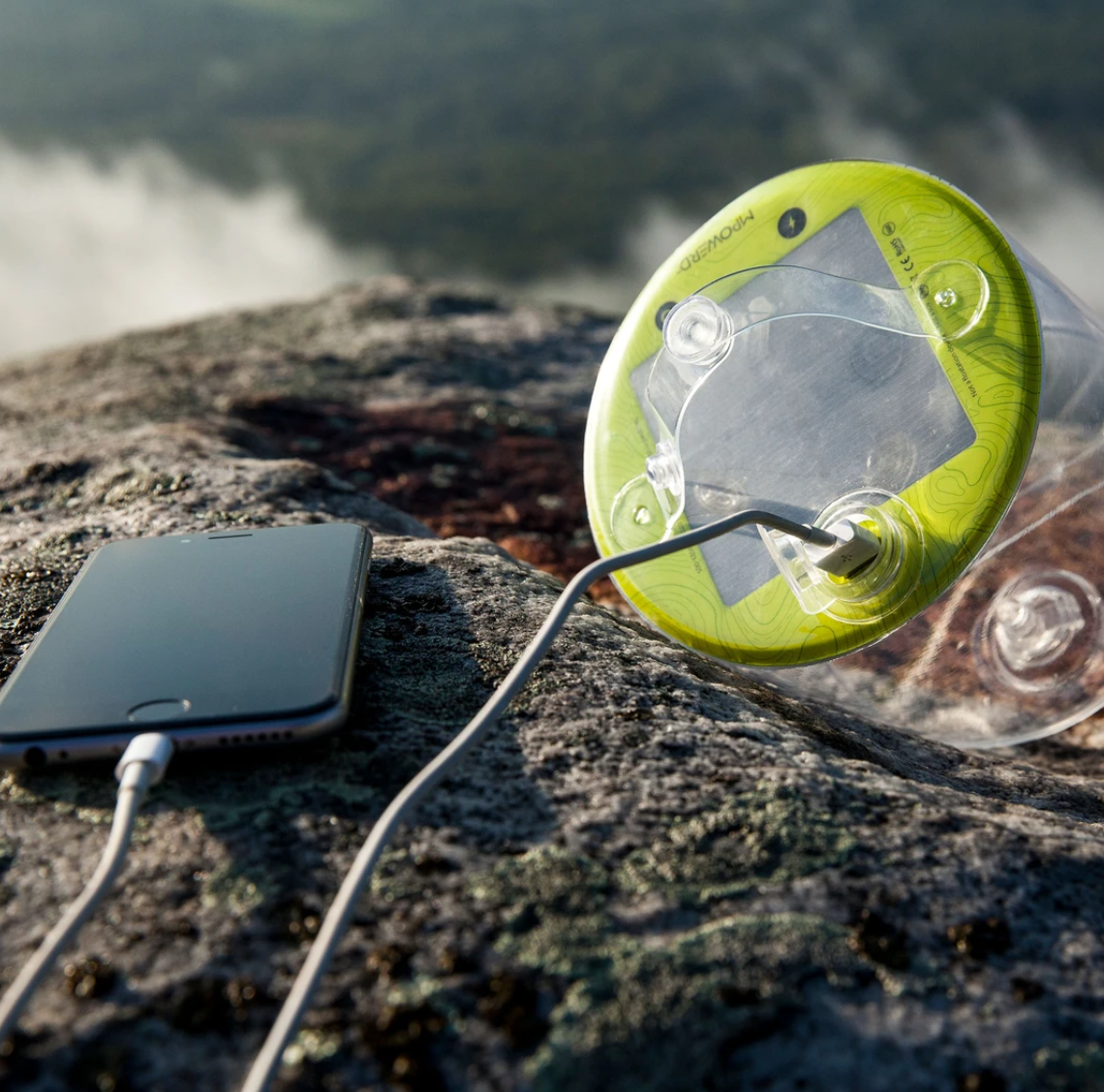 Luci Pro Series - Solar Light + mobile charger-2