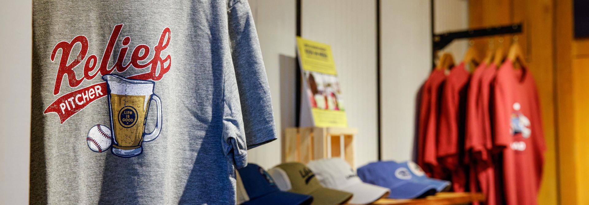 LIG Men's Clothing
