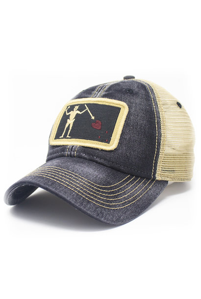 Blackbeard Pirate Flag Patch Trucker Hat, Black