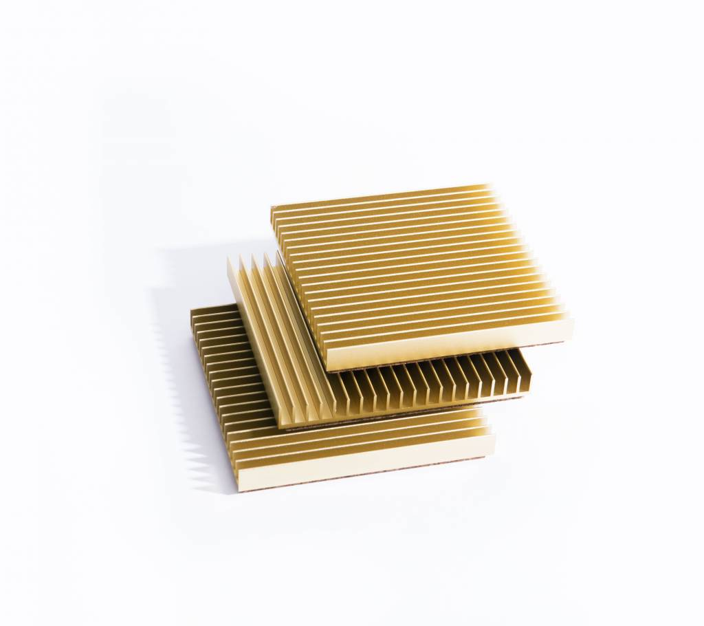 Souda Fin Trivet, Gold, OS