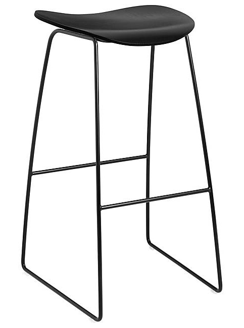 Gubi 2D Bar Stool - Un-upholstered - 75 cm - Sledge base
