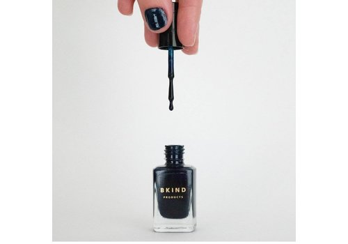 BKIND VERNIS À ONGLES- SHE'S A VAMP