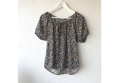 B.YOUNG BLOUSE ISOLE