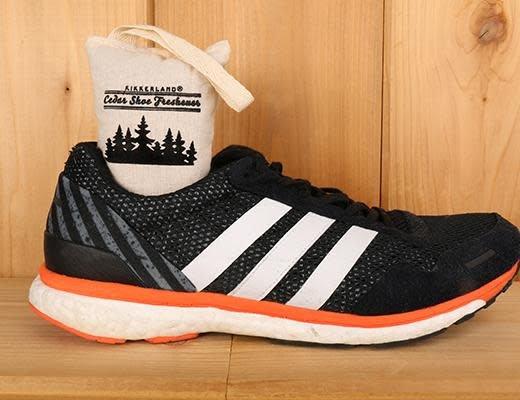 Kikkerland Cedar Shoe Freshner