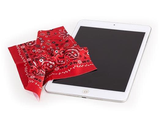 Kikkerland Microfiber Cleaning Cloth Bandana Red