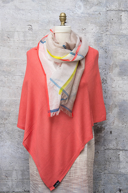 Fraas Triangle Ribbed Poncho Coral