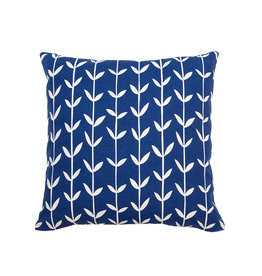 Kreatelier Vine Pillow in Blue - 18 X 18in