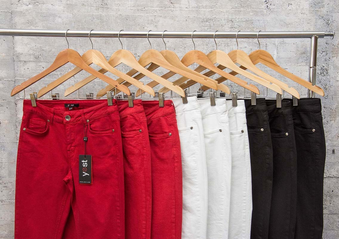 Yest Pants Scarlet Red