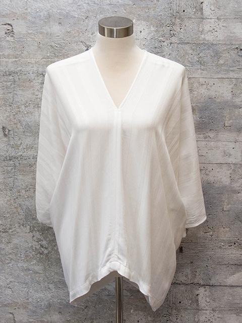 Tina & Jo Tab Sleeve Kimono in White