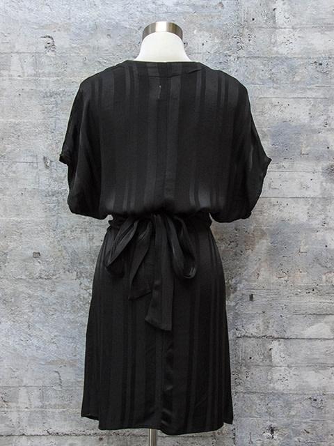 Tina & Jo Tie Back V Dress in Black