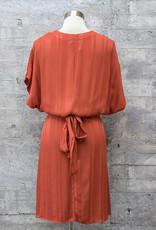 Tina & Jo Tie Back V Dress in Abilene