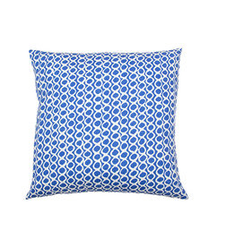 Kreatelier Rings Pillow in Blue and White 18 x 18in