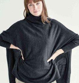 Mer-Sea & Co Newport Travel Sweater Storm