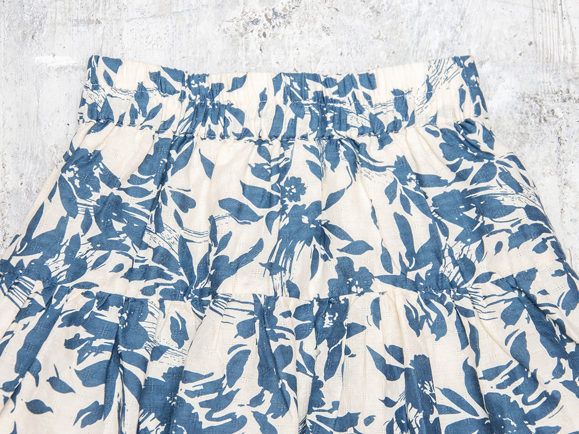 Beetworld Tiered Skirt Blue Floral