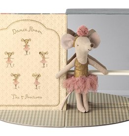 Maileg Mouse in Dance Room