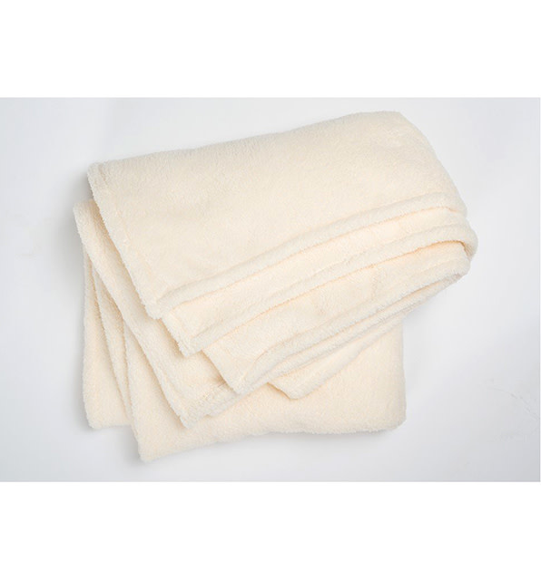 Pokoloko Fleece Throw Ecru
