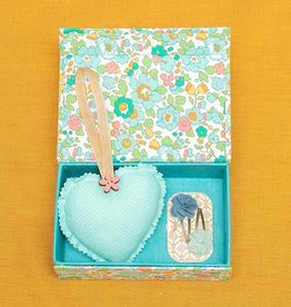 Kreatelier Bundle Box, Heart Ornament & Hair Clips