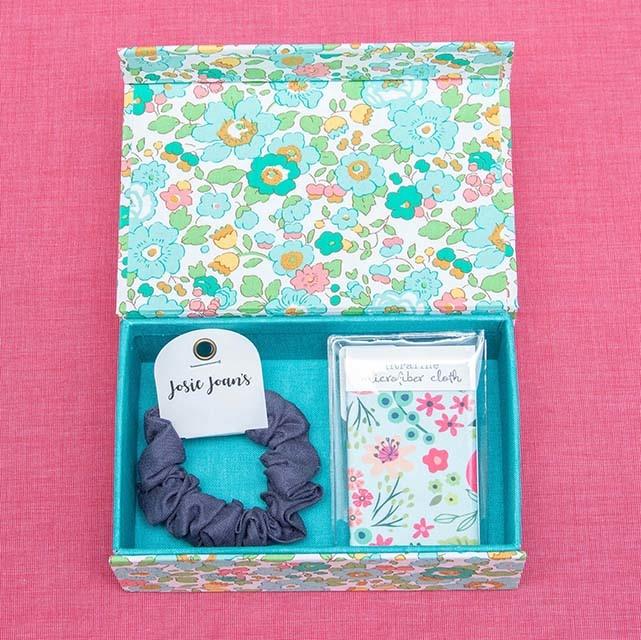Kreatelier Bundle Box, Microfiber Cloth & Scrunchie