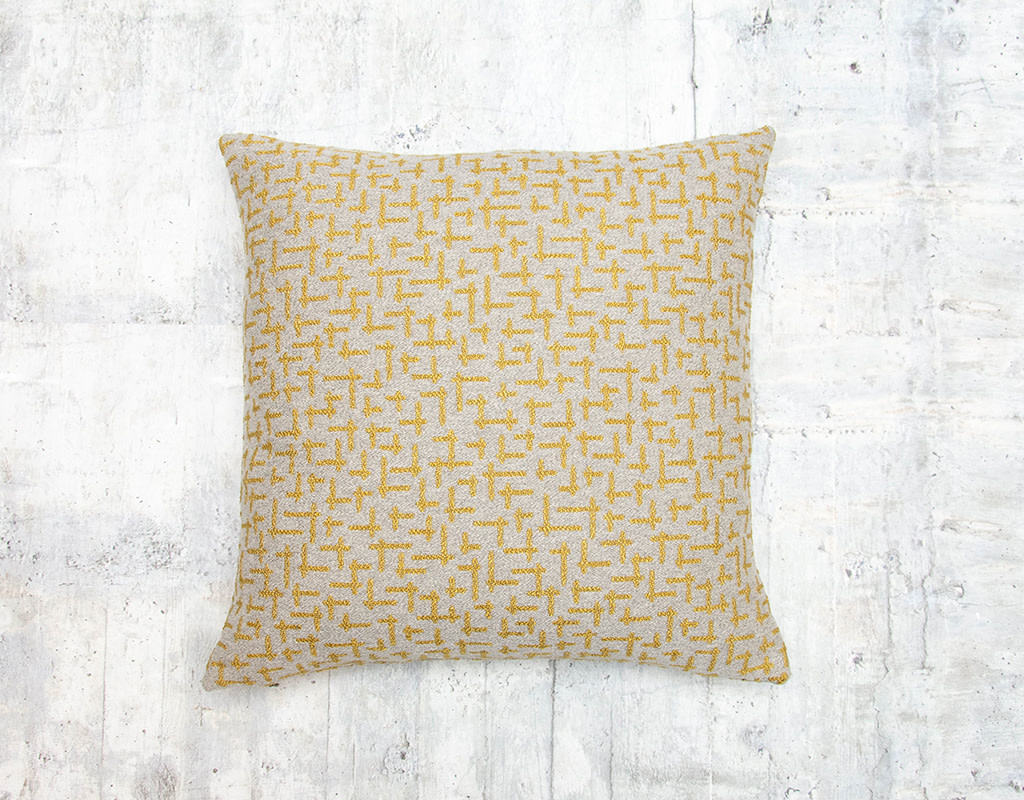 Kreatelier Maze Pillow Gold and Grey 16 x 16in