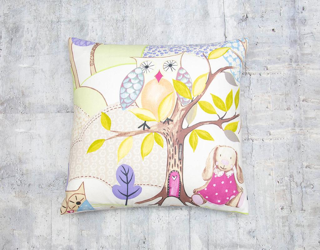 Kreatelier Woodland Friends Pillow Owl 17 x 17in