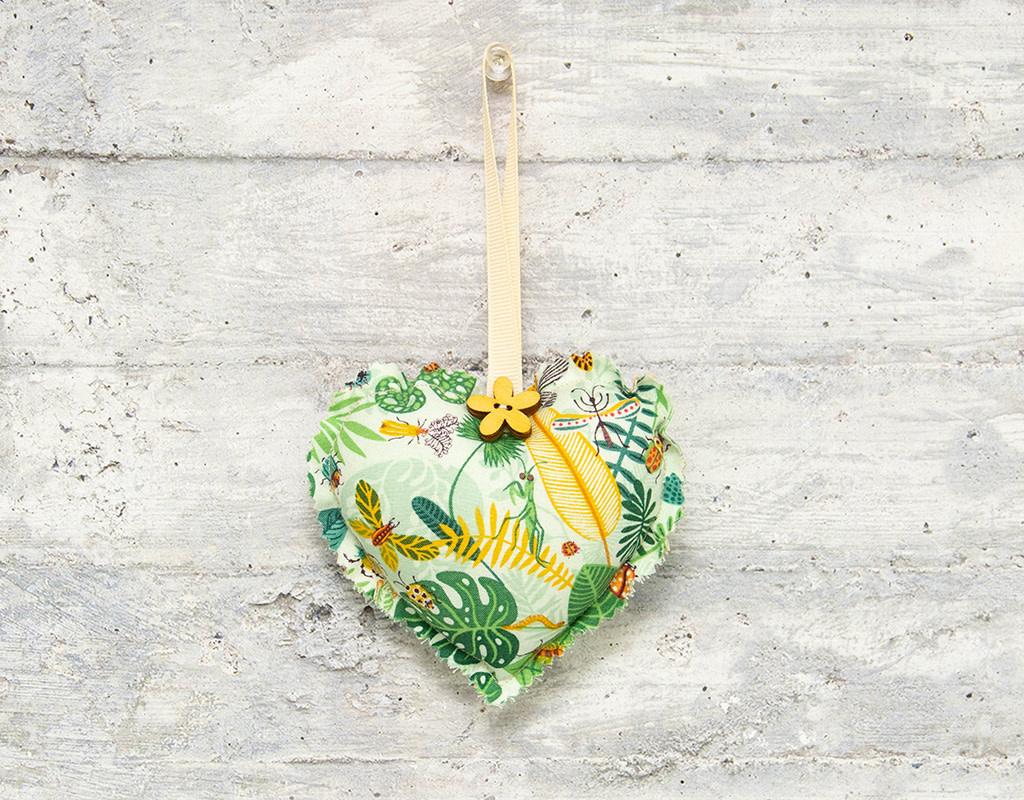 Kreatelier Fabric Heart Ornament Bugs Mint