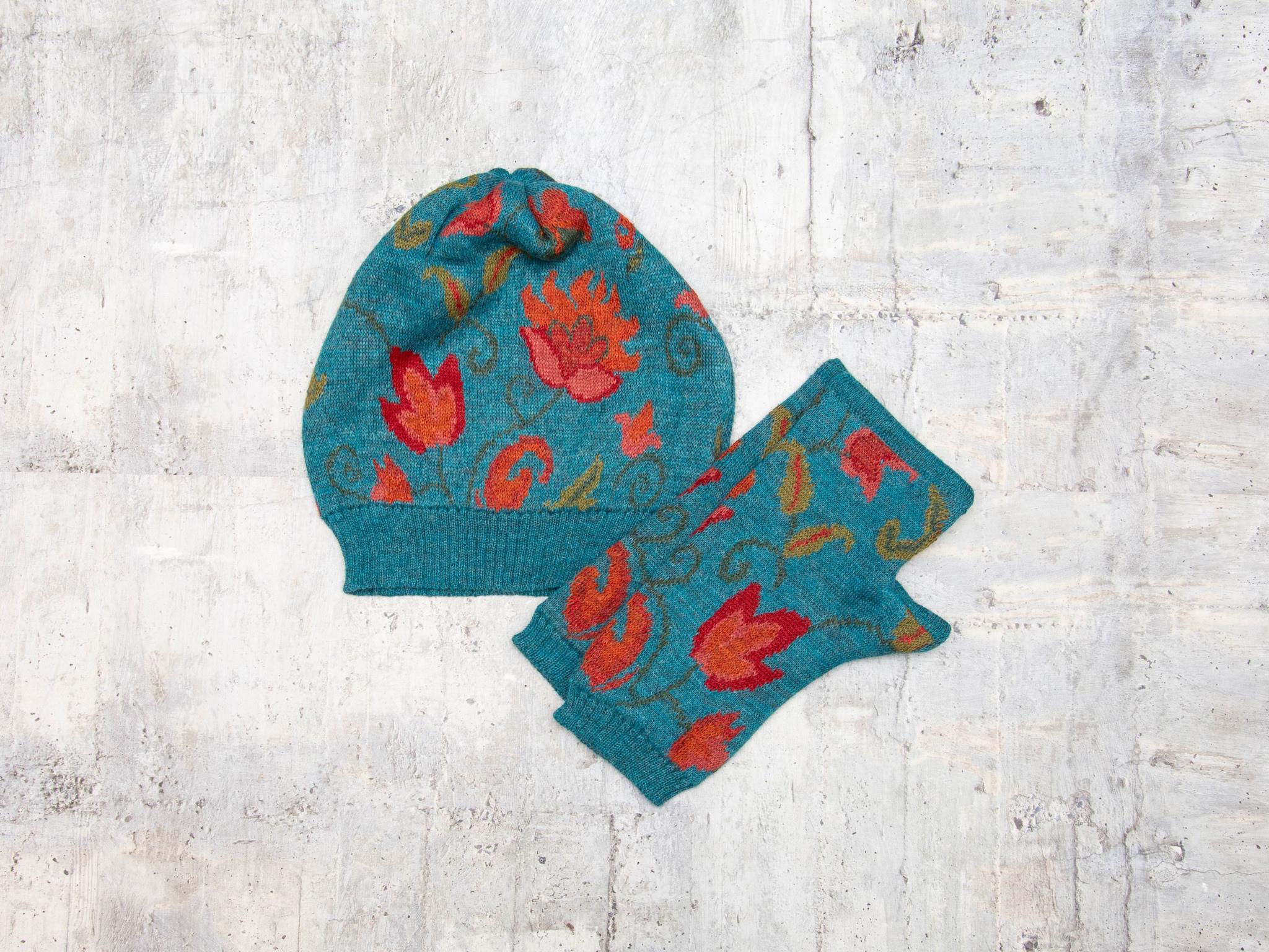 Tey-Art Luisa Alpaca Floral Gloves Teal