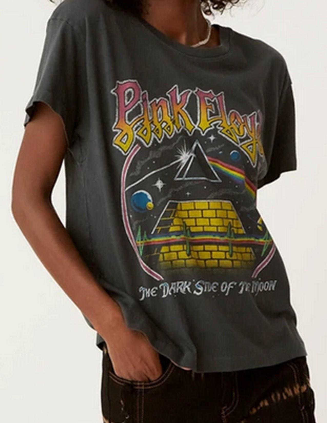 Daydreamer Black Pink Floyd Pyramid Tee