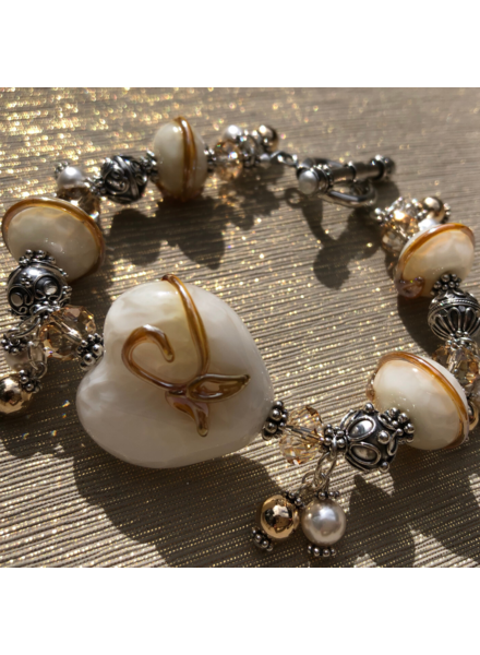 Out Of The Fire Alabaster  5-Bead Lampglass Bracelet