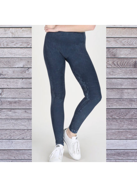 Angled Interest Legging