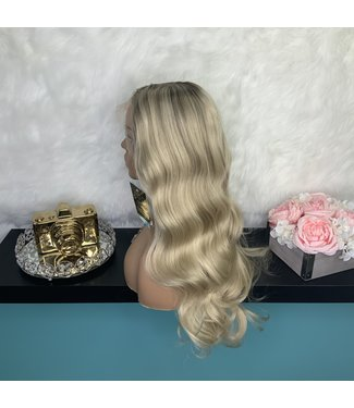 "Lily - 22"" Glueless Lace Front"