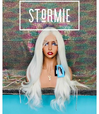 "Stormie - 20"" Glueless Lace Front"
