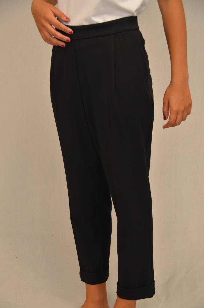 Teoh & Lea Ladies Woven Black Trousers