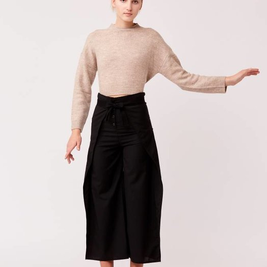 Native Youth Oatmeal Front Cropped Knit