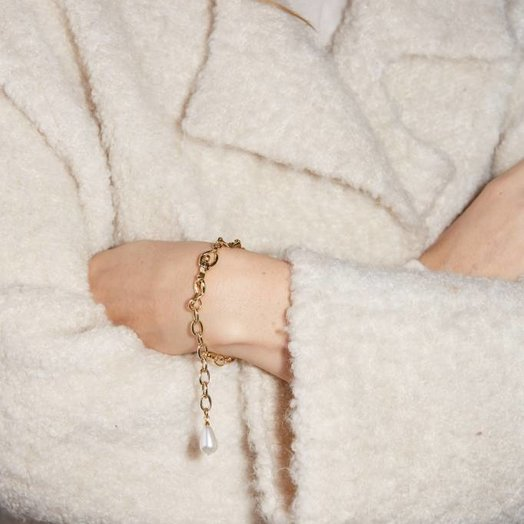 FAUX/real Female Throuple Bracelet Gold