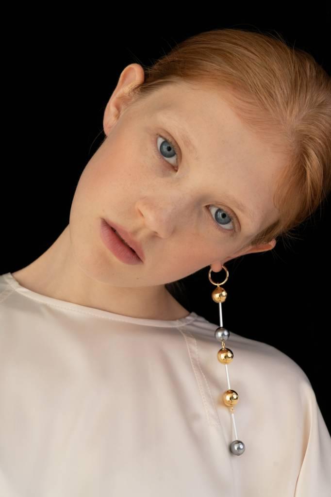Bae Bae Ball Loop Earrings (single)