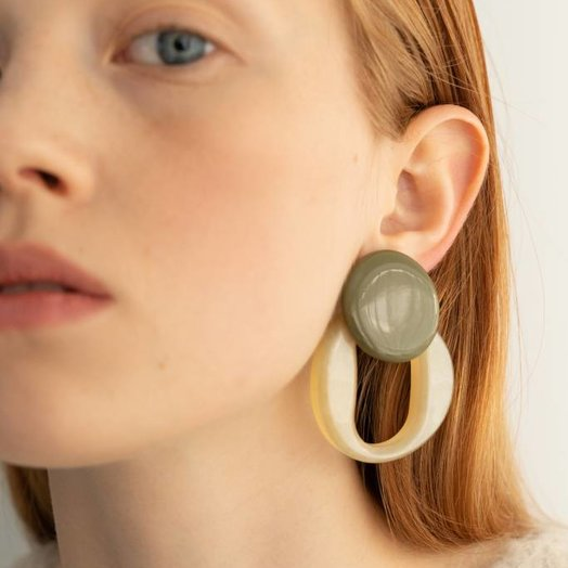 Bae Bae Volume Orna Circle Earrings