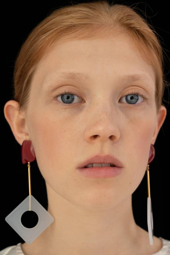 Bae Bae Rhombus Etang Earrings