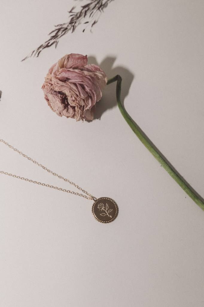 Wolf Circus Rose Coin Gold Necklace