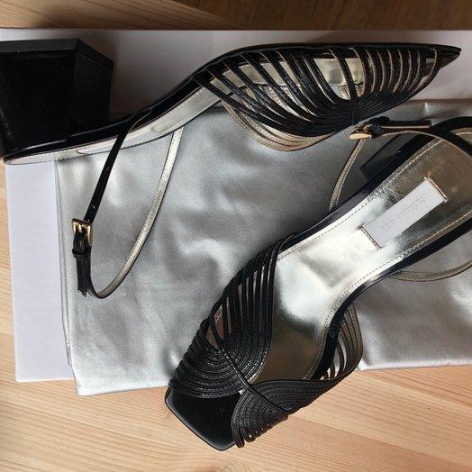Suzanne Rae 70's Strappy Sandal, Black
